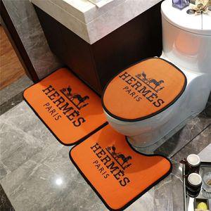 Marca Toilet Seat Covers Três peças conjunto Overcoat WC Caso Moda Decoração clássico interior tapete antiderrapante Banho Mats