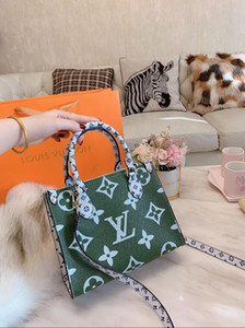 yeni stil alışveriş çantası her tarafı farklı bir renk 2020 son patlama alışveriş çantası Reco sahip büyük bir çiçek yeni malzeme eşleştirme rengi vardır