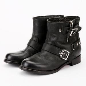 tamanho 041 2019 Itália Marca homens do desenhista mulheres branco sapatos Tendência esportes ocasional bordados autêntico amor da abelha par sapatos brancos maré