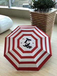 Klassische Muster Mode C roten und weißen Streifen Regenschirm für Frauen 3-fach Luxus-Regenschirm mit Geschenkbox und Tasche Regenschirm VIP-Geschenk