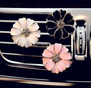 Car Perfume Clip Home Essential Oil Diffuser For Car Outlet Locket Clips Flower Auto Air Freshener Conditioning Vent Clip SN626