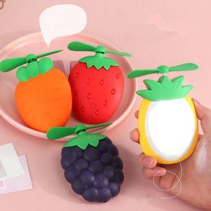 Новый мультфильм фрукты USB перезаряжаемые вентилятор Портативный карманный вентилятор с легкой клубники виноградин вентиляторов DHL свободный