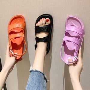 Beige Sandales Talons claires Mode Femmes Chaussures 2020 Med Espadrilles Plate-forme Noir En dehors des sports d'été Femme