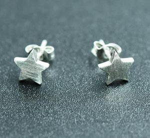 2019 neue Mode überzogen 925 Sterling Silber Ohrringe Draht Zeichnung Matt Stern Ohrstecker für Frauen / Liebhaber Ohrring Schmuck 15 Paare