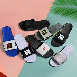 Mens donne sportive di marca pantofole Designer 90 diapositive Estate traspirante Comfort pantofole Slides con bolle d'aria sandali (con box)