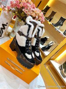 A la moda de las mujeres de las maravillas Guardabosques de algodón de arranque, Plataforma del desierto del invierno Martin patean los zapatos, Juego completo de caja de zapatos
