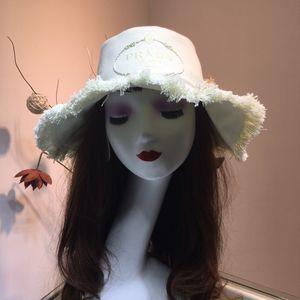 Primavera E Novo Retro Ouro Trançado Cabeça Chata Straw Lady Wide Eaves Protetor Solar Sol Verão Designer De Luxo chapéu Do Pescador