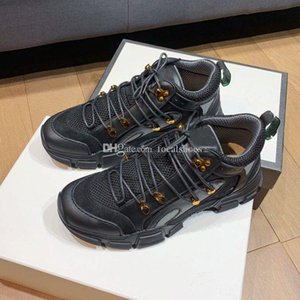 Мужчины Ботильоны Черная кожа Vintage Martin Boots Дорогих Женская обувь 7CM Heels толстым дном Женщины Boots Low Top Lace-Up эспадрильи