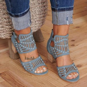 Women's Hollow Out Sandals With Diamond 2020 Summer Vintage Middle Heel Ladies Slip On Shoes Open To Dress Female Sandals Y200702