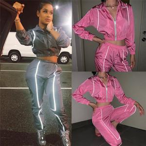 패션 여성 반사 운동복 캐주얼 지퍼 스탠드 칼라 짧은 재킷 두 조각 세트 20ss 여성 디자이너 운동복