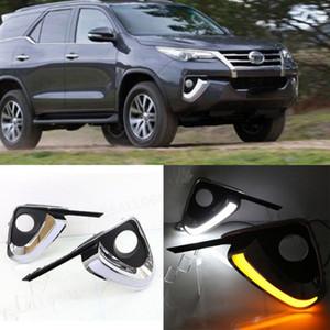 Auto-Tech 1 diurna del coche LED de las luces corrientes DRL de reemplazo para Toyota Fortuner 2015-2019
