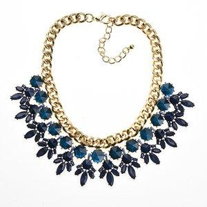 2018 New Luxury Creato Crystal Flower Pendant Statement Collana Charm Chunky Collare Choker per le donne Gioielli di moda Collier