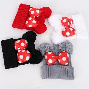 Bebek Pom bere kap 4 renk Bebek Çocuk Kız bebekler Kış Isınma Tığ örme şapka Bow kürk pruva şapka JY820