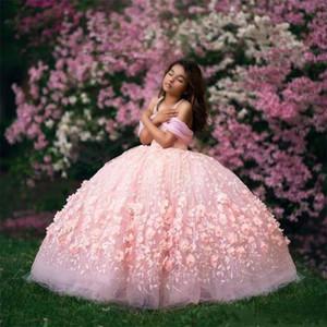 Çarpıcı 3D Pembe Flora Kızlar Pageant elbise Balo Kapalı Omuzlar Aplikler Kabarık Uzun Çocuklar Yürüyor Resmi Elbise Çiçek Kız Elbise