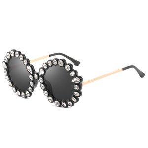 Round Women's Frame Designer Sunglasses Crystal Sunglasses Women Women Round Retro Frame Diamond Gold Sunglasses Fashion Brand New Diam Sqen