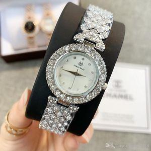 2019 فاخر إمرأة ساعة الماس والساعات الموضة تصميم خاص Relojes دي ماركا موهير الفضة سيدة اللباس ساعة اليد كوارتز ساعة وارتفع الذهب