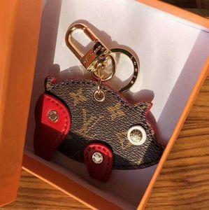 2019New Luxus Keychain Schlüsselanhänger Schlüsselanhänger Halter Marke schwein schlüsselanhänger Porte Clef Geschenk Männer Frauen Souvenirs Auto Tasche Anhänger box JL33A