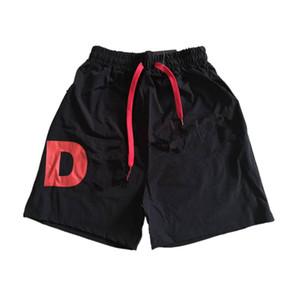4 cores Mens Verão Shorts Pants Moda Drawstring Calções de corrida Academia Europeia High Street American Style Novo Tipo Macacões