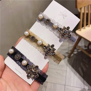 Fashion Girl' s Hair Clips Classic Diamond Mosaiced Delicate Hair Clips for Girls Exquisite Craft Fashion Pearls Barrettes