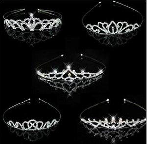 Hochzeit Geburtstag Strass Krone Stirnband Kinder Frauen klaren Kristall Kopfbedeckungen Tiara Legierung Parteibevorzugungsgeschenke Kuchen Topper Dekorationen