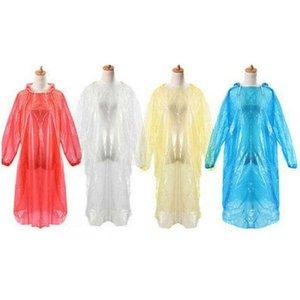 يمكن التخلص منها PE معطف واق من المطر الكبار لمرة واحدة الطوارئ ماء هود المعطف السفر التخييم يجب معطف المطر في الهواء الطلق ملابس ضد المطر DHB10