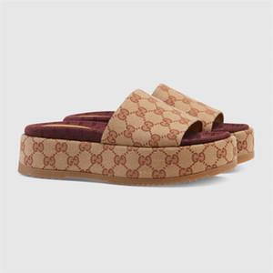 2020 nouveau style femmes 573018 slide sandale mode classique Designer Mesdames chiquenaude couleur rouge fraise flops grandes marques populaires avec boîte
