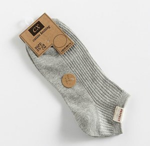 Erkekler Wholesales8989 için Katı Renk Moda Lüks Erkek Çorap Nefes Casual Marka Kısa Sock ile Bahar ve Yaz Erkek Tasarımcı Çorap