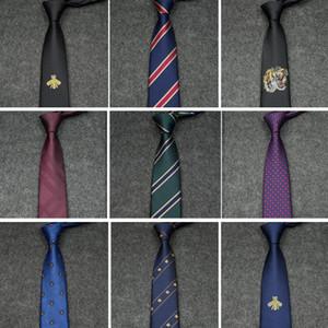 2019 New 버라이어티 Men Tie 패션 대각선 줄무늬 성격 자수 Bee Pattern Wild Tie Men 공식적인 Business