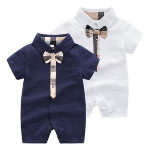 Baby Strampler Baby Jungen Plaid Bögen Krawatte Jumpsuits Kleinkind Kinder Revers Kurzarm Baumwolle Aufstieg Kleidung Mode Neugeborene Kinder Windel F5487