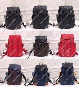 Designer de luxo mochila de couro genuíno inspirou-Caminhadas Strong tamanho generoso vários bolsos alças alça superior Homens Handbag