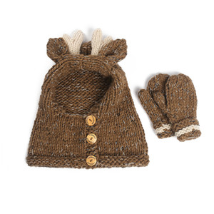 Baby girls Winter wool cap golves Christmas Elk Hat Scarf Kids Cartoon Deer Knitted caps Warmer Elk Hooded Scarf 2 in 1 set LJJA2809