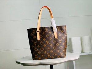 2020 best quality letter genuine Leather women handbag classic men message bag women belt bag 23-21-8cm M51172