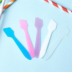 Usa e getta di plastica Mini Piccolo Crema Viso Cucchiaio Maschera per il viso Stick Cosmetic Spatola paletta di trucco di bellezza Sticks cucchiaio Strumenti