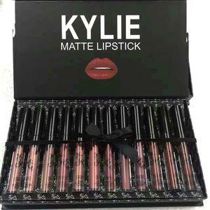 2019 CALIENTE Kylie 12pcs Gloss Lip Gloss Set kyshadow tormenta mata líquida Barras de labios de color rosa Cosméticos caen brithday me lleve en