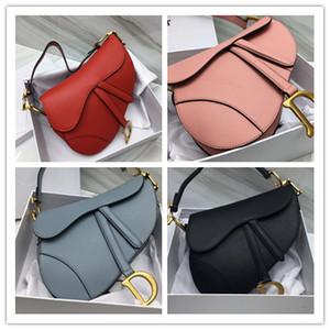 Designer Satteltasche Cross Body Fashion Marke Arthandtaschen Leder Frauen Schultertaschen Metall Brief Messenger Tasche Geldbörsen