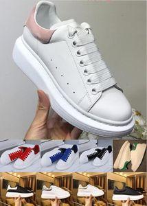 Com caixa de luxo Plataforma Designer vestido sapatos Reflective Triplo Black Velvet dourado branco das mulheres dos homens Casual Partido Sneakers Sapatos de couro