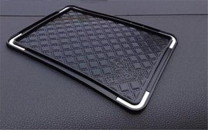 2020 Classic wholesale fashion items storage mat C style black silicone pad non-slip mat   Car Cup Mat VIP gift