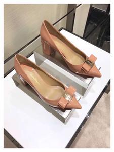18SS 최고 고급 HOT SummerSandalias Femeninas 하이힐 Flock 지적 샌들 섹시한 여성 여름 신발 Mujer Zapatos Mujer Pumps 2019
