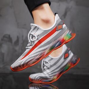2020 été hommes chaussures de sport chaussures nouveau panneau de maille de tendance perméable à l'air arc-en-tissé version coréenne fond gelée de la marée sauvage