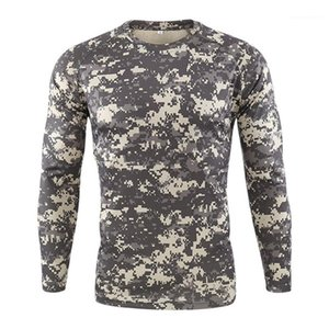 Длинные рукава Камуфляж печати Мужчины Одежда Mens Designer Спорт Tshirts Мода тонкий пуловер шеи экипажа Mens Casual Tees