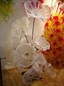 Elegante mano moderno in vetro soffiato Piastre Arte Progettato Piastre Chihuly stile in vetro di Murano Lampada da terra in vetro d'arte