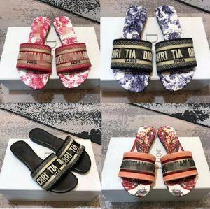2020 New Sandals Blue White Stripes Sandals Denim Flat Slippers Shoes Ladies Summer Outdoor Beach dîõr Flip Flops Genuine Leather Sole Box