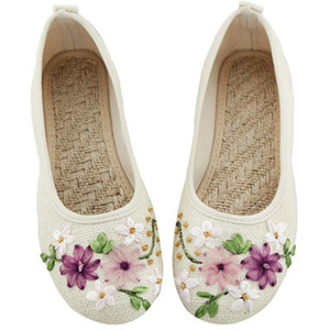 2019 New Women Flower Flats Slip On Cotton Fabric Casual Shoes Comfortable Round Toe Student Flat Shoes Woman Plus Size ghj78