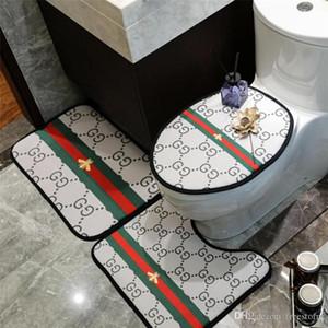 Últimas Bee Stripe impresso quarto Mats INS Estilo Designer assento do toalete Acessórios Tampa clássico antiderrapante Padrão de casa de banho