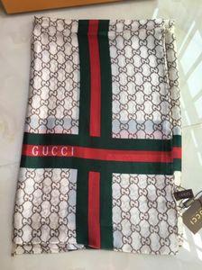 100% bufanda de seda grande bufanda cuadrada de la letra de las mujeres de alta calidad envuelta en 180 * 90 cm de la bufanda caliente 3colors carta impreso con la primavera