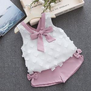 Biobella Mädchen Set Sommer-Kind-Kleidung stellt weiße Chiffon-Dekor Ärmel Tops + kurze Hosen 2pcs Kleidungs-Satz für Mädchen