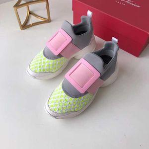Boucle Carrée Paris Designer Chaussures 2019 Printemps Nouvelle Marque De Luxe Chaussures Mignon Doux Princesse Sneakers Taille 35-40 Modèle QQ122401