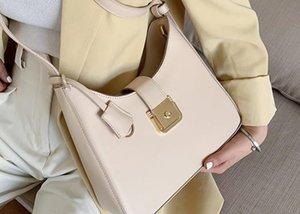 Designer Senior Sense Niche Bag 2020 Nova Moda Retro Baguette Luxo Ombro Casual Slung axila Bag Drop Shipping
