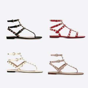 New Woman Sandales d'été Rivets véritable cuir flip flops de plage Pompes Slingback Sliders pantoufle Chaussures Chaussures Sexy Ladies Spikes