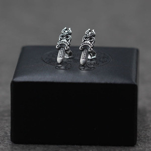 Personalized 925 sterling silver vintage American European jewelry hand-made designer antique silver sword post center earrings